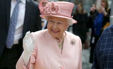 Aumentan los ingresos de la reina Elizabeth II