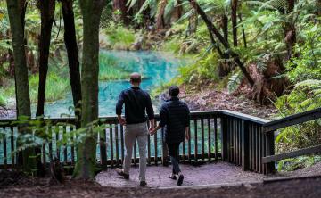 Los duques de Sussex ponen fin en Nueva Zelanda a una larga gira por Oceanía