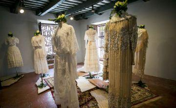 Una exhibición recuerda el legado de la diseñadora Mili Arango