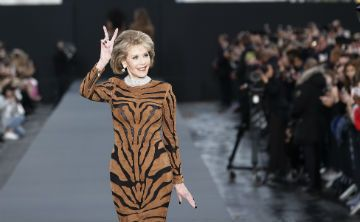Jane Fonda y Helen Mirren se roban el show en París
