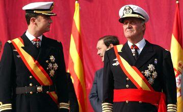 El pasado del rey Juan Carlos pone en apuros a la Corona