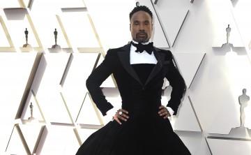 Billy Porter inaugura alfombra roja de los Oscar con tuxedo-traje