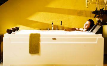 Conoce los ingredientes ideales para tomar un baño perfecto