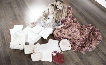 Una línea de carteras que unen la moda y la filantropía