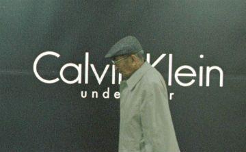 Calvin Klein apela a la mujer de talla grande