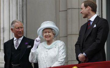 Nueva biografía del príncipe Charles revela que tiene celos de su hijo mayor