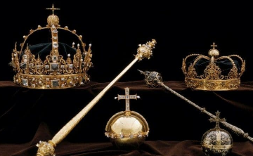 Roban dos valiosas coronas de reyes suecos del siglo XVII