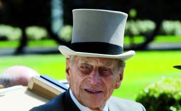 El príncipe Philip deja de manejar