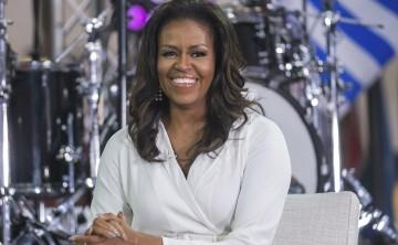 Michelle Obama reflexiona sobre el éxito de su primer libro