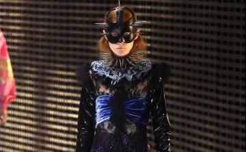 """Gucci abre los desfiles de Milán con una colección """"enmascarada"""""""
