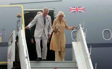 El príncipe Charles y Camila llegan al Caribe