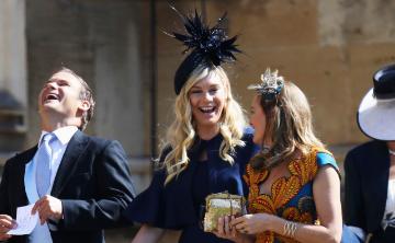 Aseguran que Harry y su ex novia Chelsy Davy tuvieron una llamada de despedida antes de la boda real