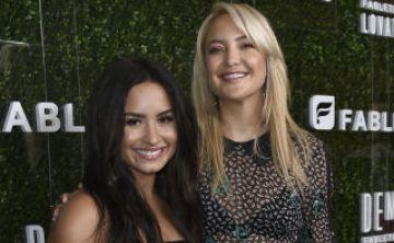 Kate Hudson y Demi Lovato lanzan línea de ropa deportiva