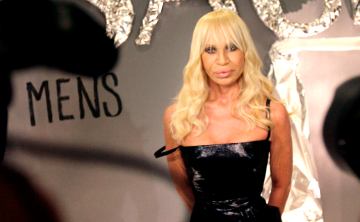 Versace anuncia que no volverá a usar pieles de animales