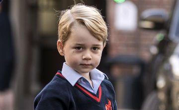 El príncipe George acude a su primer día de clases sin su madre Kate