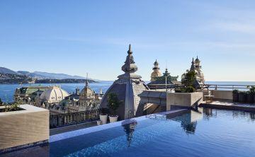 El Hôtel de Paris es el mito de la hotelería por el que desfilan realeza, nobleza y estrellas