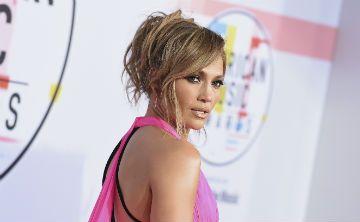 Jennifer López vuelve a sorprender con foto en Instagram