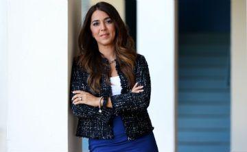 Karen Santana valora su compromiso con el país