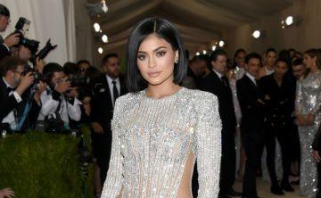 """Kylie Jenner celebrará sus 20 años con un nuevo """"kit"""" de maquillaje"""