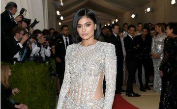 Con solo cinco meses, la hija de Kylie Jenner tiene una colección de zapatos de lujo