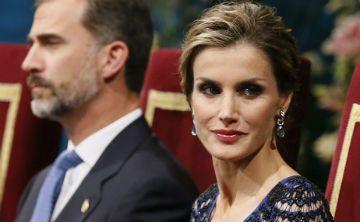 La reina Letizia utiliza un vestido de su suegra