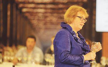Sarah Jane Evans:  dama y maestra del vino