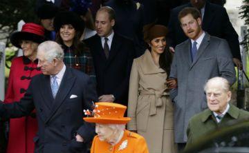 Meghan Markle participa de su primer servicio navideño con la reina
