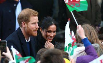 El príncipe Harry y Meghan Markle visitan Gales por primera vez