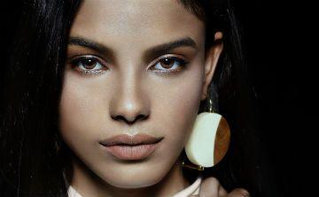 La puertorriqueña Mileshka Cortés modela para Gap