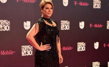Las estrellas latinas se visten de negro en Premios Lo Nuestro