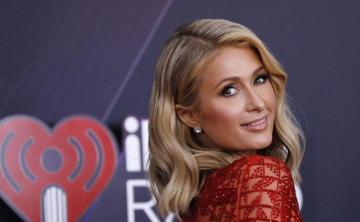 """""""Looks"""" de las estrellas en los iHeartRadio Music Awards"""