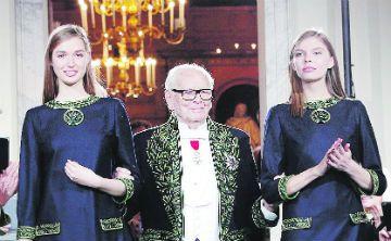 De fiesta Pierre Cardin