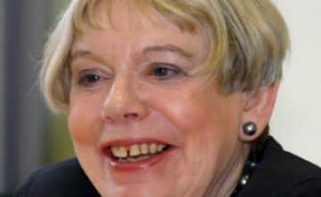 Karen Armstrong gana premio Princesa de Asturias de Ciencias Sociales