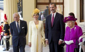 Reyes de España inician visita de 3 días al Reino Unido