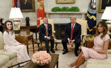 Reyes de Jordania se reúnen con Donald y Melania Trump en Casa Blanca