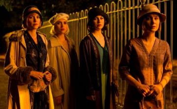 Series de Netflix que se destacan por sus impresionantes vestuarios