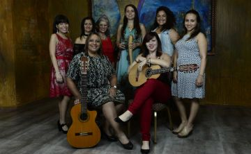 Mujeres decididas a reclamar su lugar en la música típica