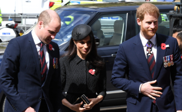 """El príncipe William afirma que su tercer hijo tiene """"un nombre fuerte"""""""