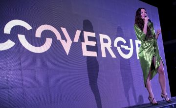 Celebración por la nueva embajadora de CoverGirl para Puerto Rico