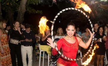 "Celebran ""Full Moon Party"" en VIVO Beach Club de Isla Verde"