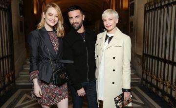 Louis Vuitton presenta su Otoño/Invierno 2018 en el Museo de Louvre con celebridades en primera fila
