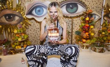 """Cena risqué con Irina Shayk para presentar el nuevo perfume """"Scandal A Paris"""" de Jean Paul Gaultier"""