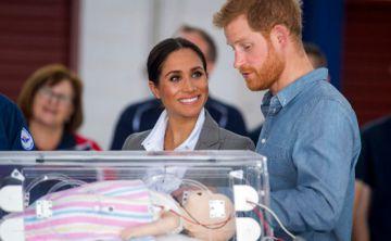 Los tiernos gestos y la complicidad de Meghan y Harry en su segundo día de visita por Australia