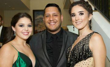 Noche de Prom: Robinson School