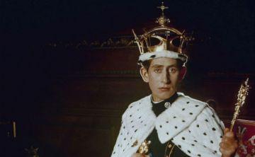 Un vistazo a la vida del príncipe Charles a través de los años