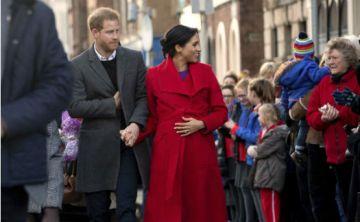 Meghan Markle luce su cada vez más avanzado embarazo