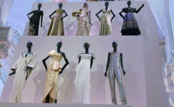 Nueva exhibición celebra los 70 años de Dior