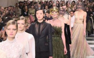 Dior presenta su pasarela surrealista