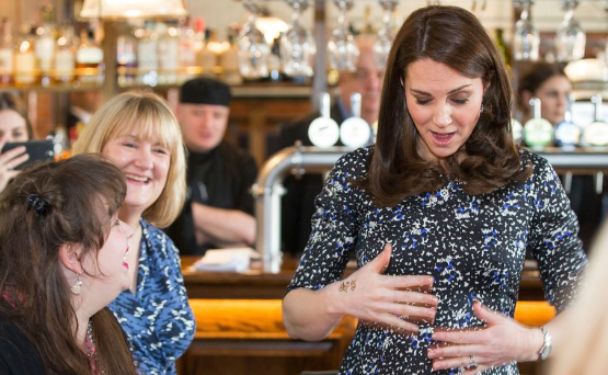 Así luce Kate Middleton durante su tercer embarazo