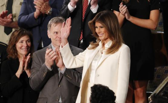 Las caras de Melania durante el discurso de Trump